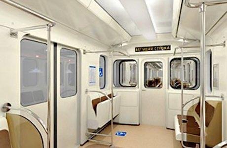 В новых вагонах метро будут устанавливать откидные кресла. Изображение № 1.