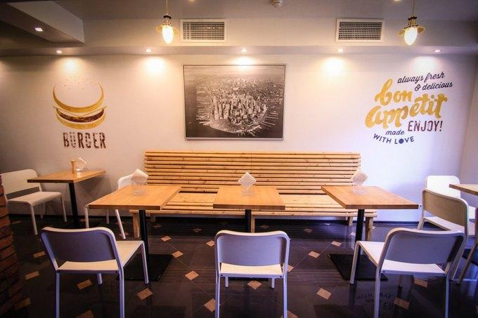 На Нарвской открылось кафе с бургерами и буррито Starsky . Изображение № 1.