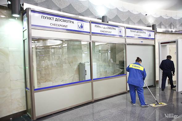 На новой станции метро «Адмиралтейская» уже произошло несколько аварийных остановок эскалатора. Изображение № 6.