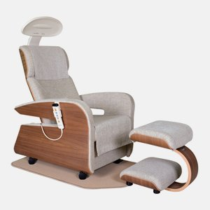 Какие кресла для отдыха можно купить на 14 миллионов рублей. Изображение № 5.