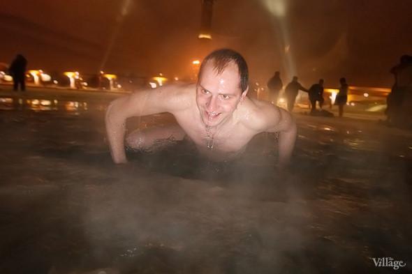 Изображение 27. В прорубь: Репортаж с крещенских купаний.. Изображение № 15.