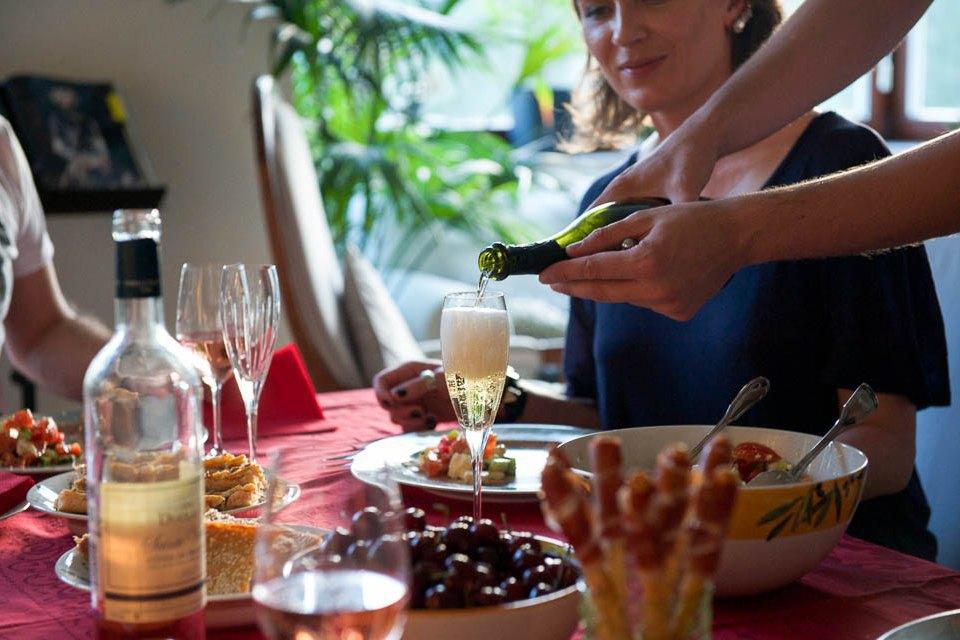 Кто изачем устраивает домашние званые ужины иобеды вМоскве. Изображение № 21.