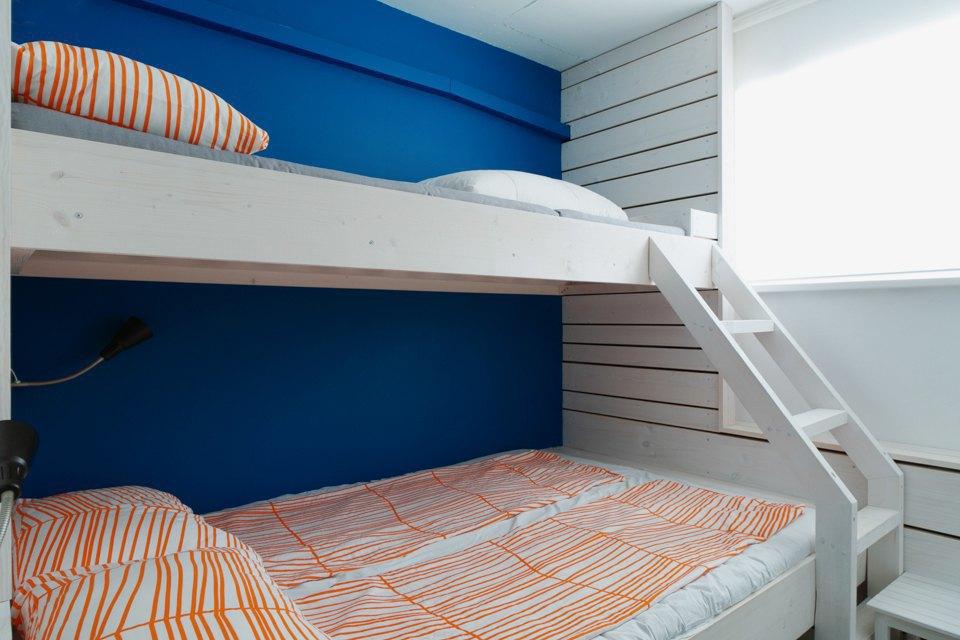 Хостел на«Белорусской» сномерами-каютами идвухэтажной двуспальной кроватью. Изображение № 13.