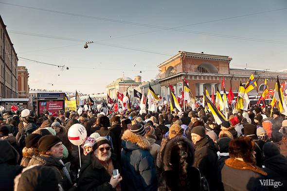 Фоторепортаж: Шествие за честные выборы в Петербурге. Изображение № 47.