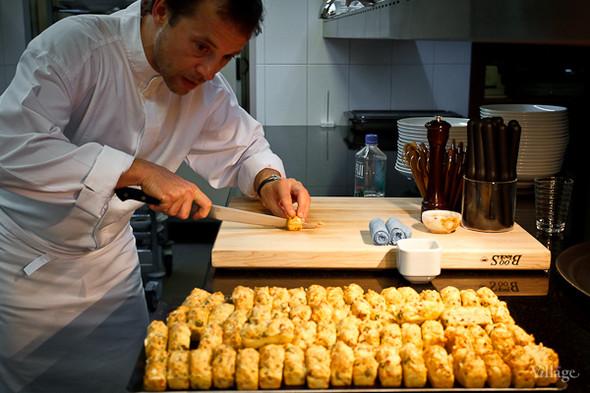 Фирменные французские закуски Дюкасса. Подаются с вином и шампанским перед началом трапезы.