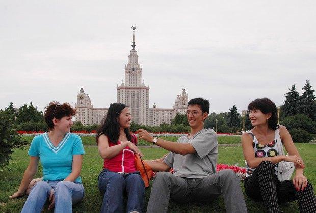 Итоги сезона: Туристы вМоскве. Изображение № 23.
