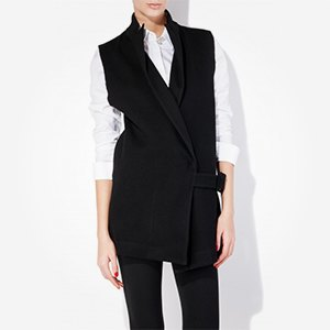 Что надеть: Свитер Raf Simons, винтажное платье Chanel иджинсы Levi's 501. Изображение № 2.