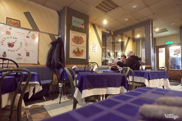 Все свои: Безымянный бар наСенной площади. Изображение № 11.