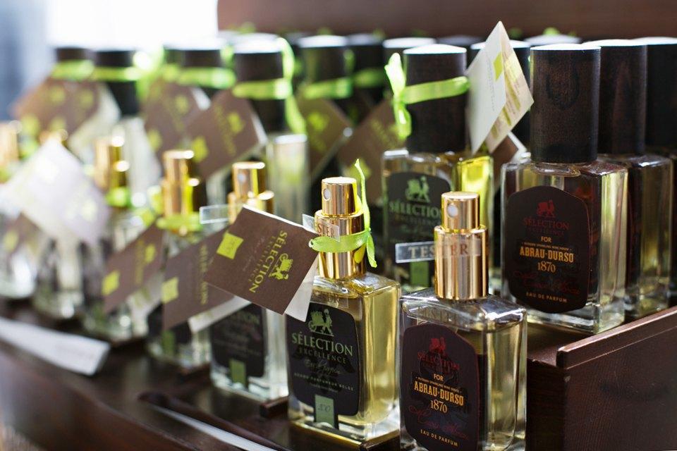Как создать собственную марку селективной парфюмерии. Изображение № 6.
