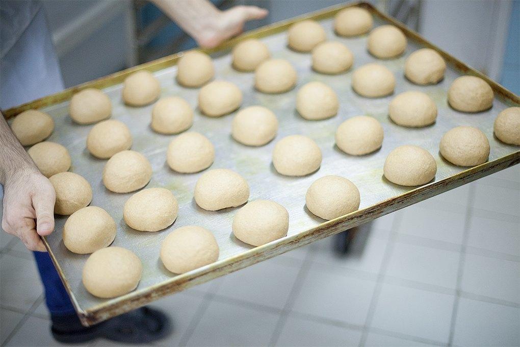 Производственный процесс: Как готовят кошерные обеды для авиапассажиров. Изображение № 23.