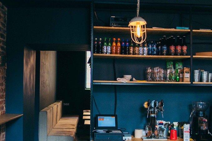 Наулице Декабристов открылось кафе для велосипедистов «1818» . Изображение № 3.