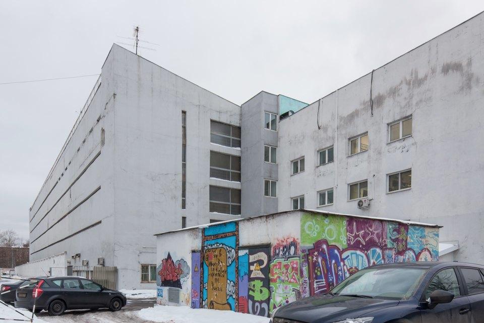 Архитектор Михаил Князев — осамых необычных автомобильных гаражах Москвы. Изображение № 13.