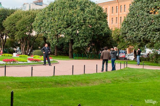 Эксперимент The Village: Самые популярные места для фотографий из Петербурга. Изображение № 16.