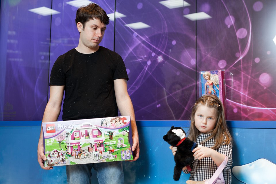 Эксперимент: Что купят на 5000 рублей дети и взрослые в самом большом детском магазине. Изображение № 27.