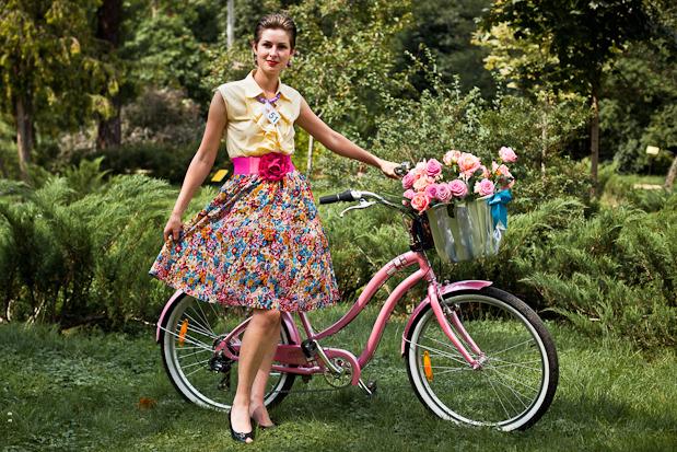 Люди в городе: Участницы парада «Леди на велосипеде». Изображение № 32.