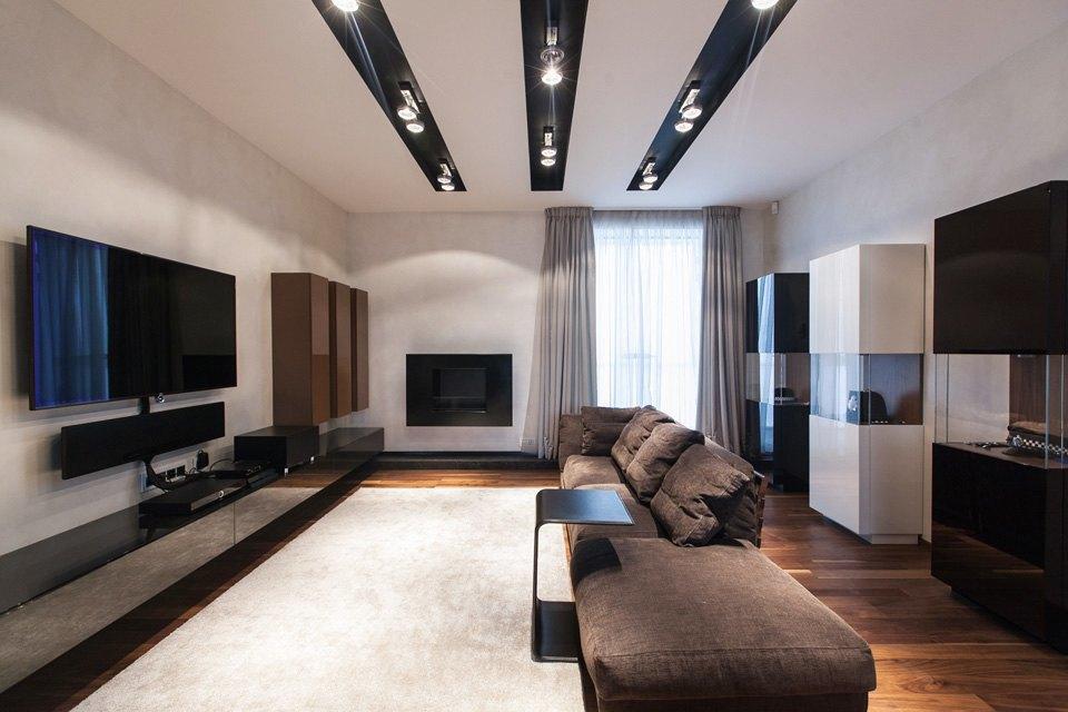 Квартира для семьи  с минималистским интерьером. Изображение № 2.