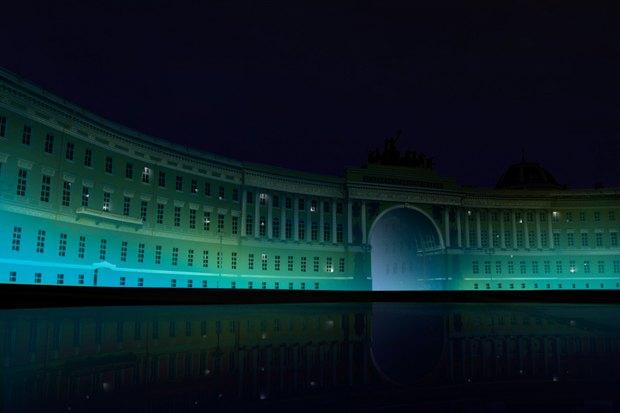 На ночь глядя: 12 проектов подсветки Главного штаба. Изображение № 48.