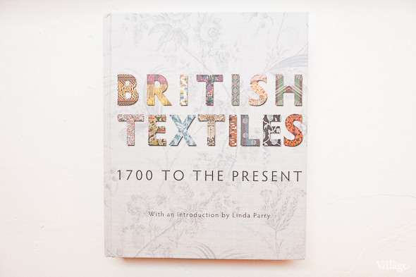 British Textiles 1700 to the Present. V&A Publishing, 2010, London – 2400 рублей