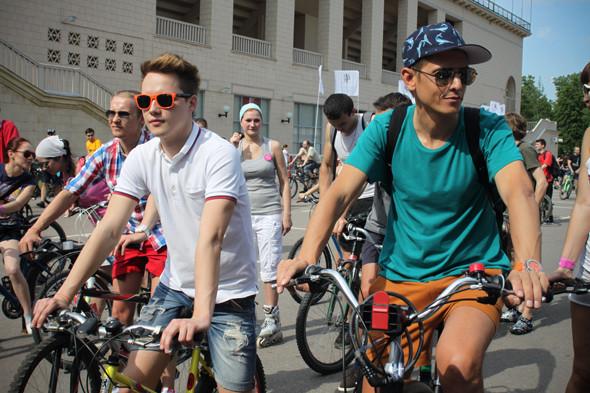 Велопарад Let's bike it!: Чего не хватает велосипедистам в городе. Изображение № 5.