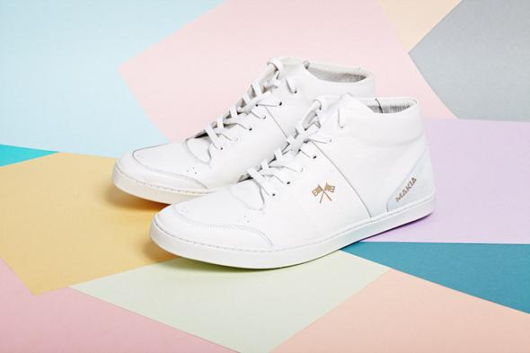 Вещи недели: 8 пар белых кроссовок. Изображение № 1.