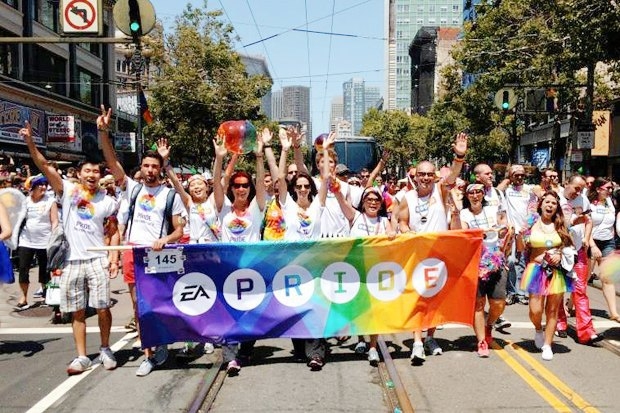 Радужный триколор: Как Nokia, Citi, Coca-Cola, Nike, Ford относятся к ЛГБТ-сотрудникам в России. Изображение № 6.
