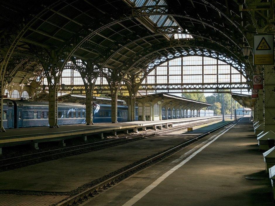 Витебский вокзал и его невероятно красивый перрон
