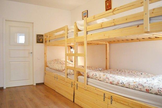 Свежий номер: 10 новых хостелов вПетербурге. Изображение № 53.