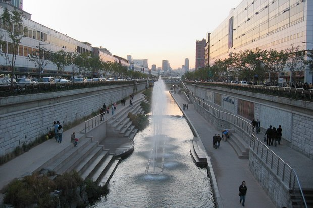 Иностранный опыт: Раскопанная река в Сеуле. Изображение № 18.
