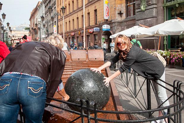 Эксперимент The Village: Самые популярные места для фотографий из Петербурга. Изображение № 44.