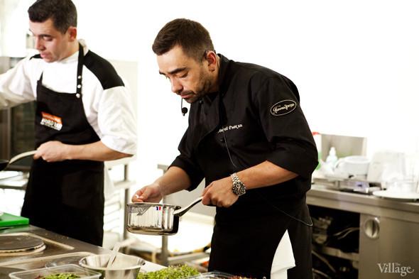 Omnivore Food Festival: Андрей Рывкин готовит карри из петуха на монастырском квасе. Изображение № 20.