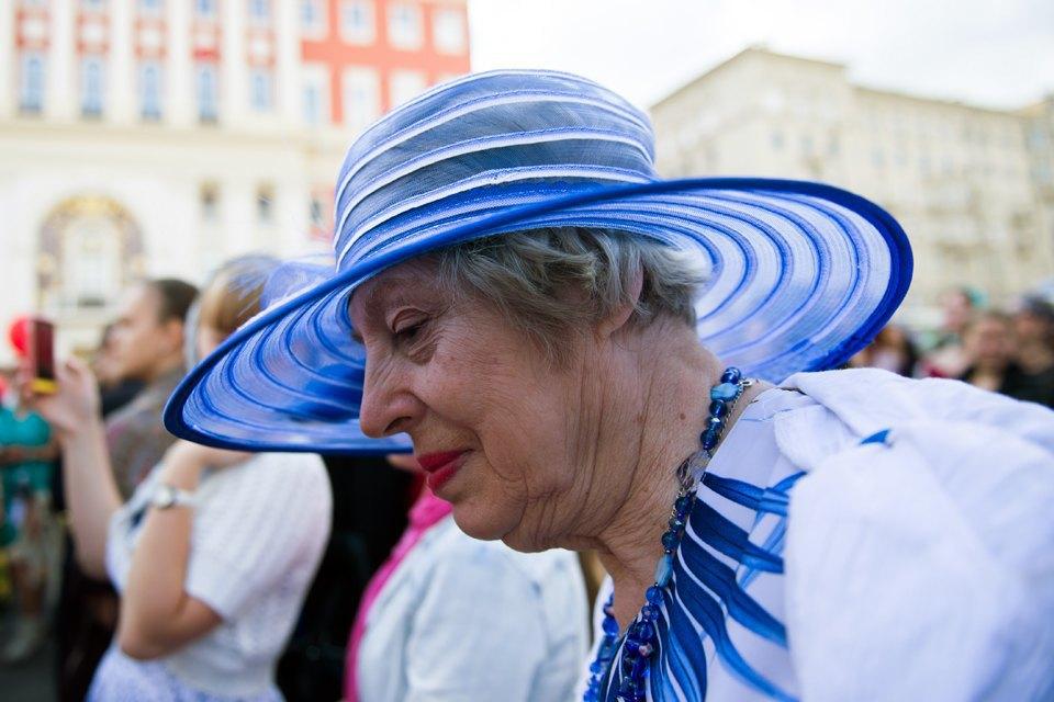 Шествие бабушек наТверской. Изображение № 14.