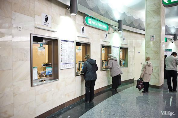 На новой станции метро «Адмиралтейская» уже произошло несколько аварийных остановок эскалатора. Изображение № 5.