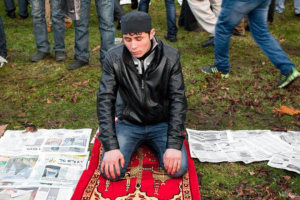 Люди в городе: Как отмечали Курбан-байрам в Москве и Петербурге. Изображение № 35.