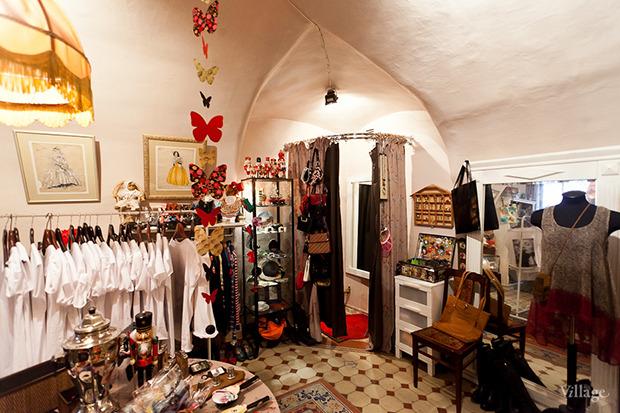 Гид по секонд-хендам и винтажным магазинам: 11 мест в Петербурге. Изображение № 59.