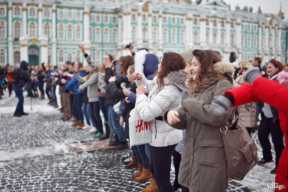 Фоторепортаж: Gangnam Style и зарядка на Дворцовой площади. Изображение № 17.