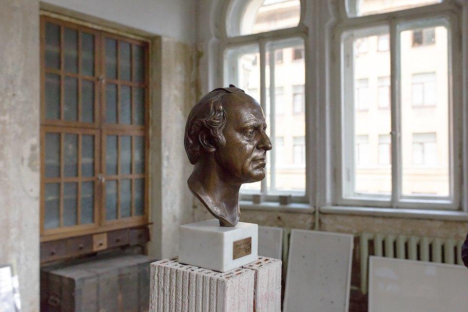 Музей Бродского «Полторы комнаты» накануне открытия. Изображение № 7.