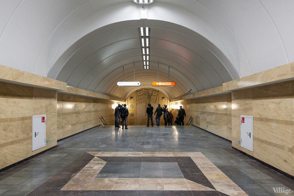 Фоторепортаж: Новый вестибюль «Спасской» изнутри. Изображение № 15.