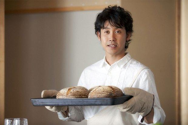 Фильм «Хлеб счастья»: Оставить работу вТокио ради пекарни наозере . Изображение № 2.