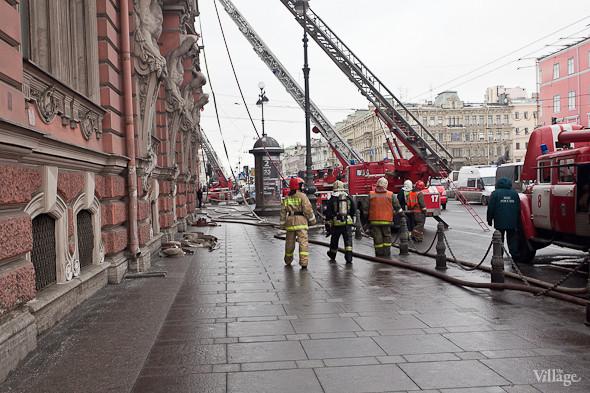 В Петербурге горел дворец Белосельских-Белозерских. Изображение № 6.