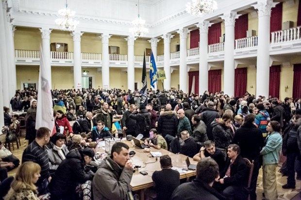 Курс — евро: Как уличные протесты изменили Киев. Изображение № 10.