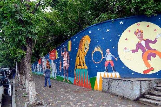 Уличный художник Павел Шугуров: «Быть чиновником — это прикольно». Изображение № 3.
