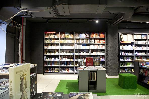 На «Винзаводе» открылся новый книжный магазин «Артбукса». Изображение № 8.