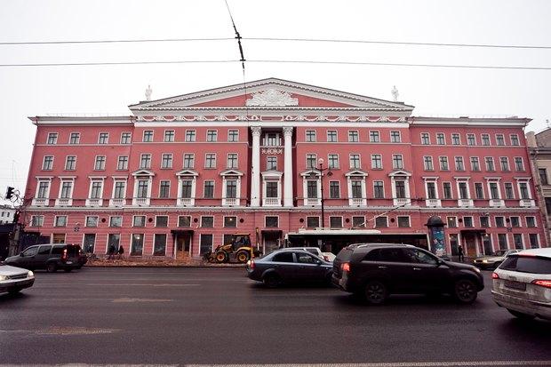 С пересечения Невского и Фонтанки убрали синий забор. Изображение № 2.