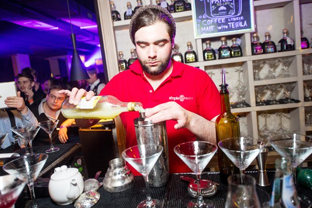 Интервью: Создатели лондонского бара Trailer Happiness — о барной культуре. Изображение № 8.