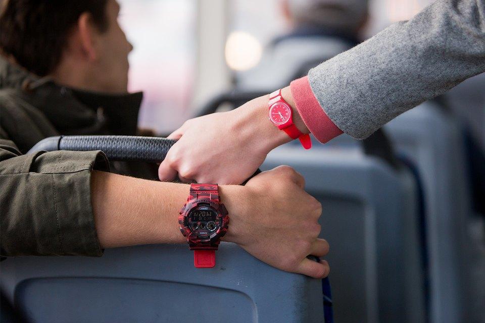 Мужские иженские наручные часы. Изображение № 3.