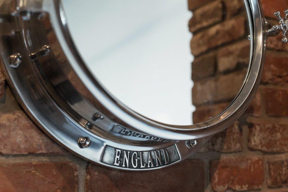 Лофт со стеклянной ванной комнатой на«Парке культуры» . Изображение № 28.