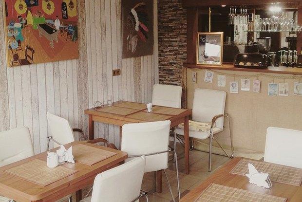Кофейня Beaver's Coffee, новое место у«Тот самый фалафель» ионлайн-магазин Magnolia Bakery. Изображение № 1.