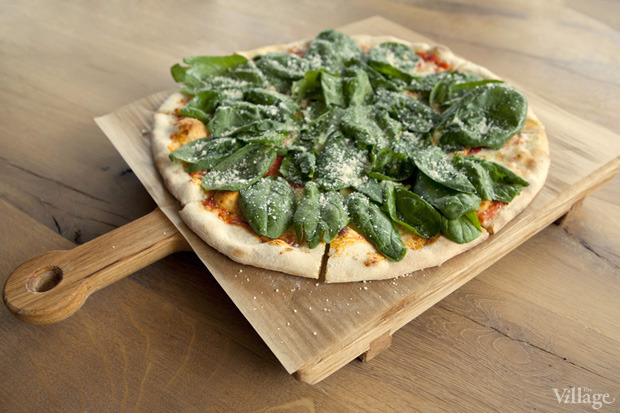 Пицца с рикоттой и шпинатом — 600 рублей. Изображение № 34.
