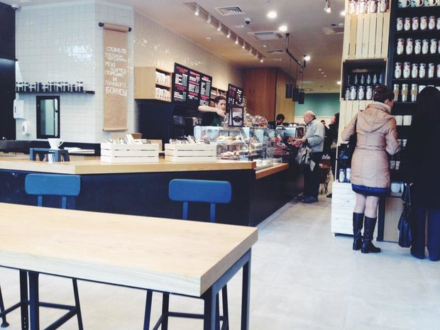 Starbucks на Невском, 55. Изображение № 1.