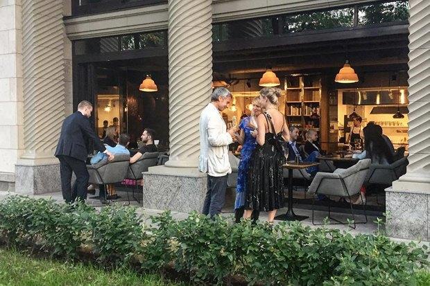 Рестораны «Mr.Ливанец» иMØS, пивной бар имагазин «Главпивмаг», коктейльный бар DirtyBlonde. Изображение № 4.